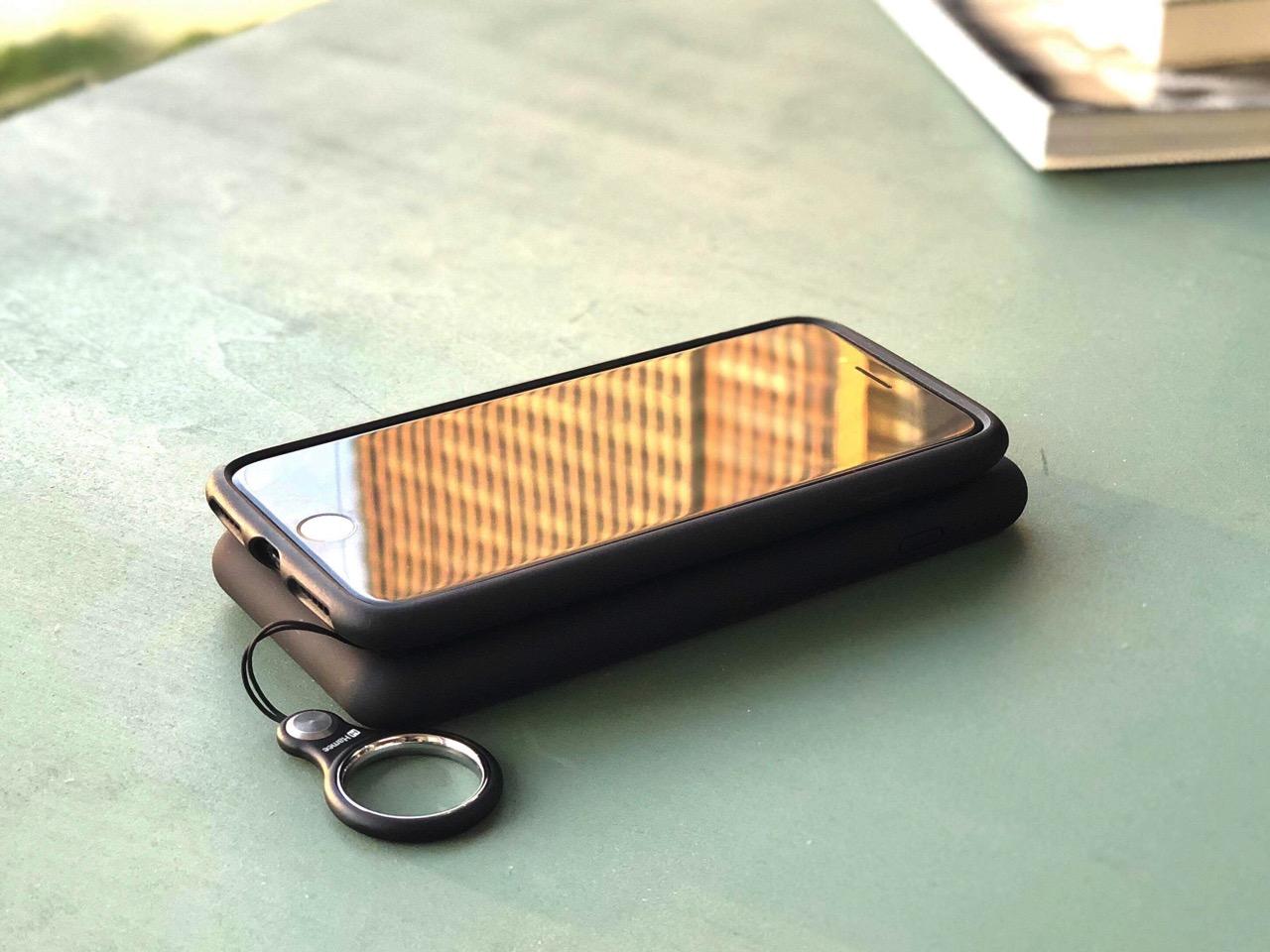 一緒に持っているだけで充電できるのが超便利!Qi対応のワイヤレスモバイルバッテリー「cheero Powermix 6000mAh」を使ってみた