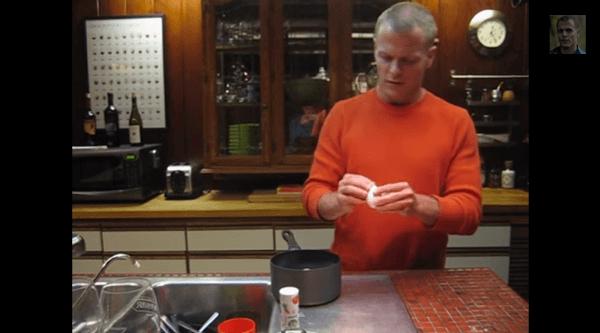 【動画】ゆで玉子の殻の剥き方
