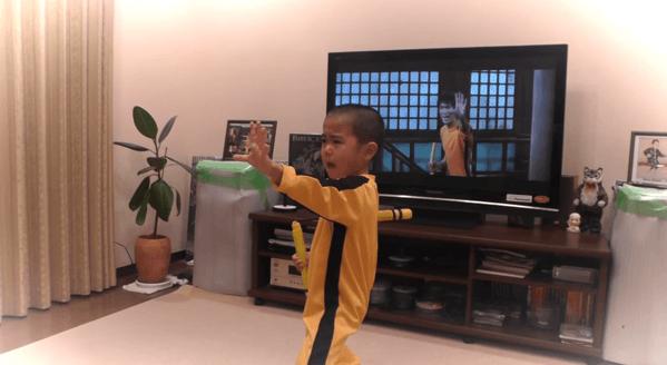 【動画】ブルース・リーのヌンチャクさばきを完コピした5歳の男の子