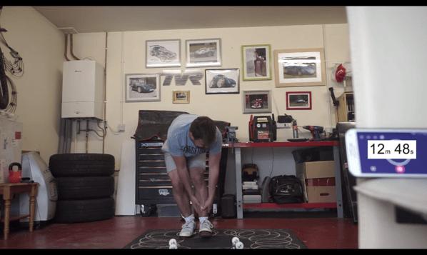 【動画】おじさんがスケボーに挑戦!何時間でKick Flipができるようになるのか?