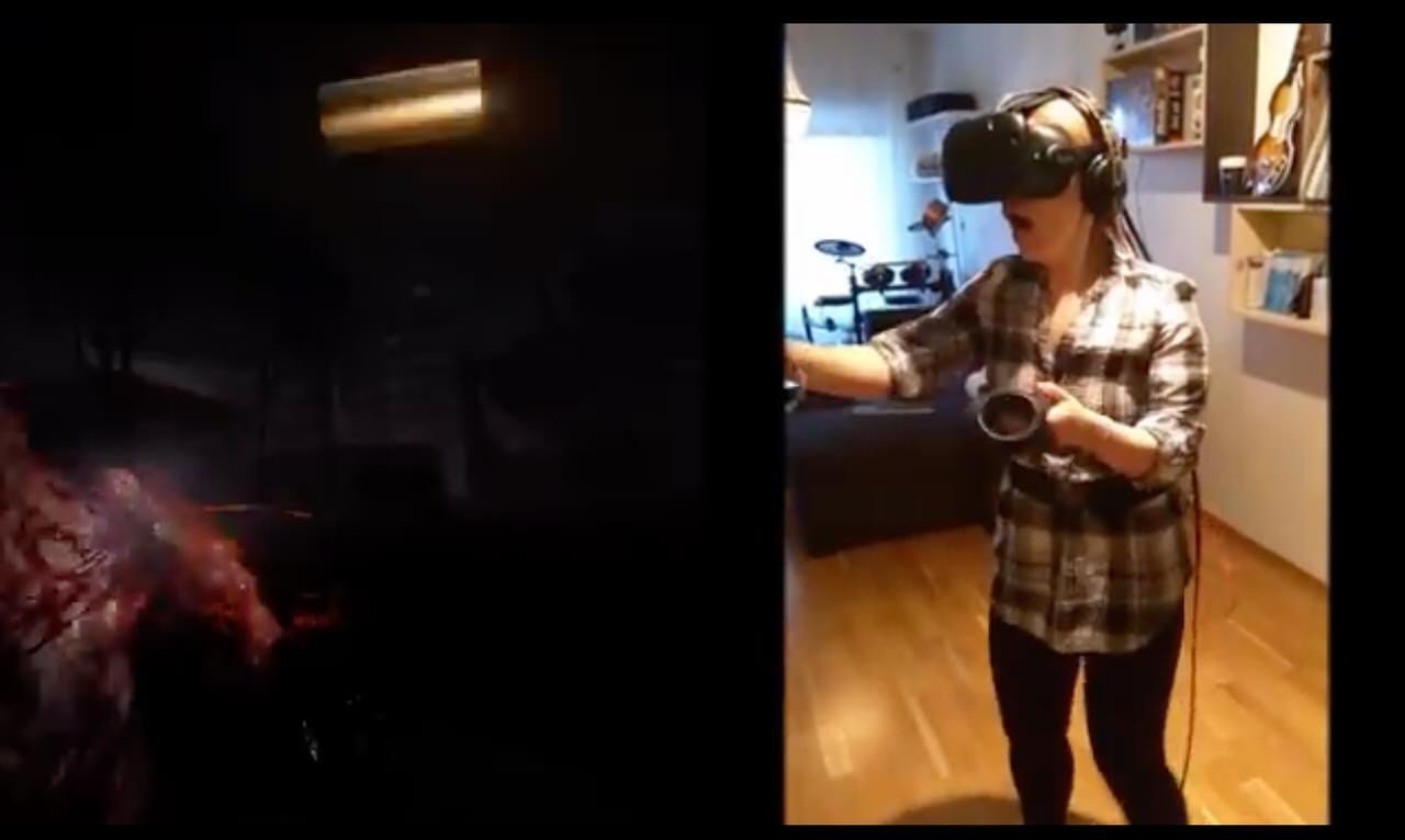 【動画】臨場感ありすぎ!?「HTC Vive」でVRゾンビゲームを悲鳴を上げながらプレイする女性