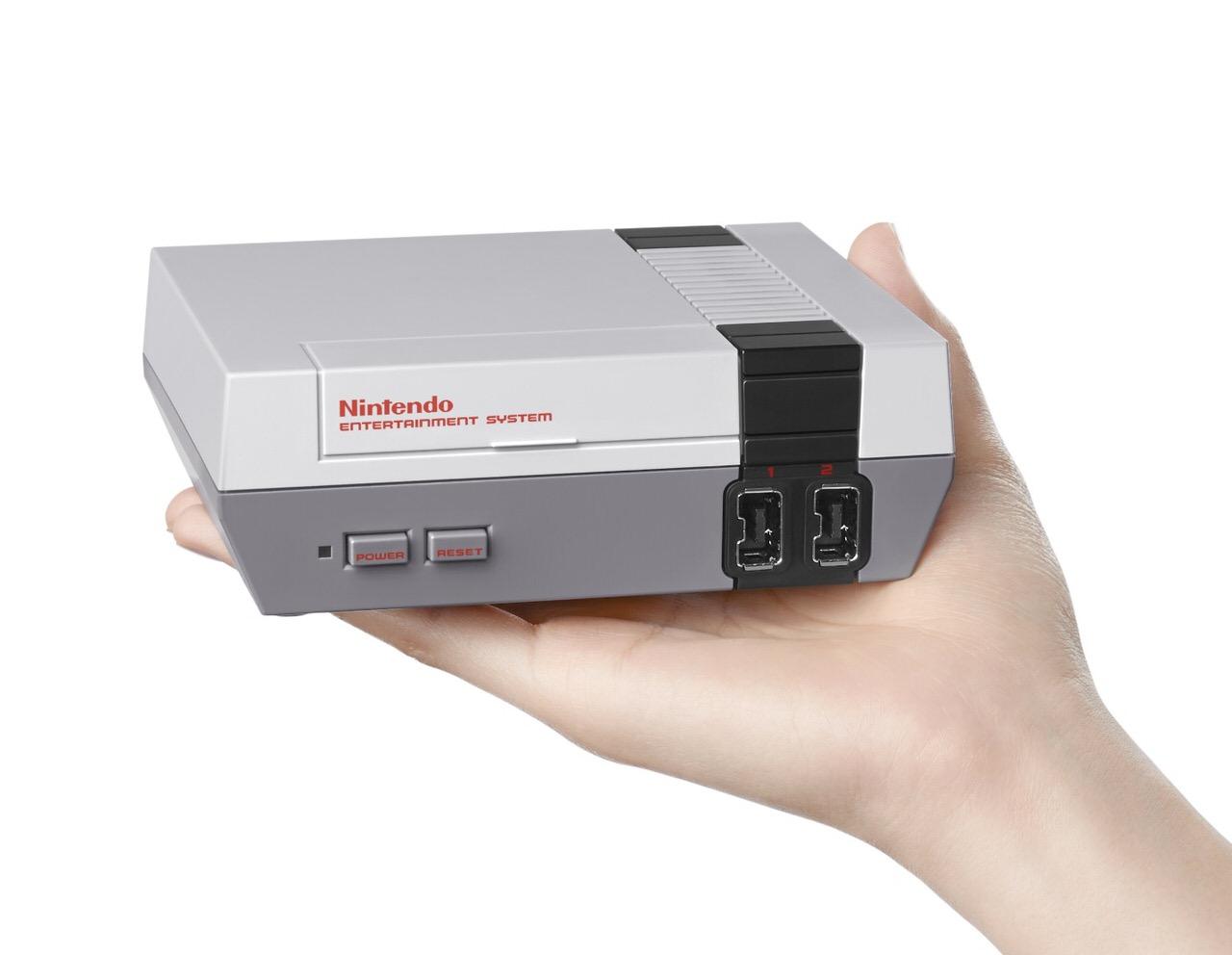 任天堂、アメリカで30本の旧作ゲームの入ったファミコンの復刻版「NES Classic Edition」を発売へ