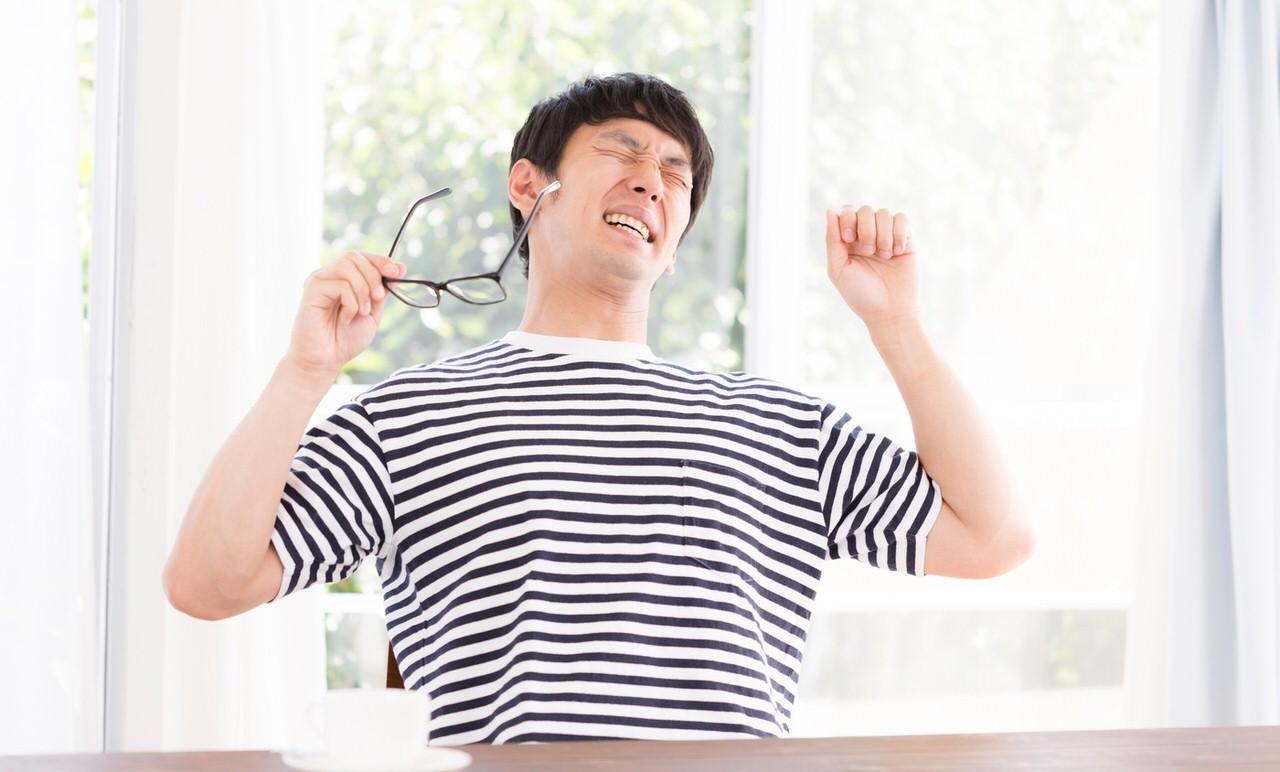 眠気に襲われたら5秒だけ腰を少し上げると効果的
