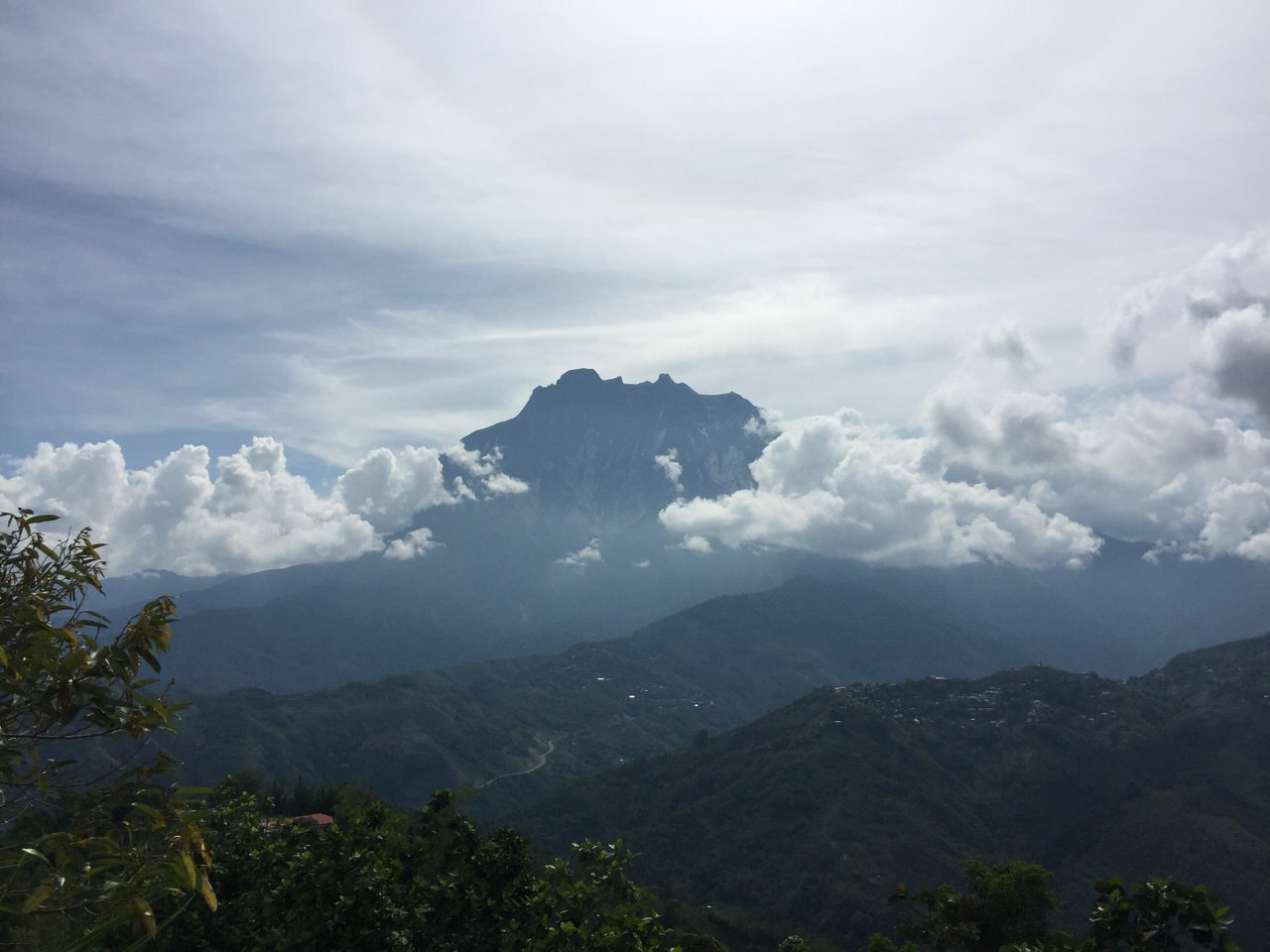Kota Kinabalu climbing 3960