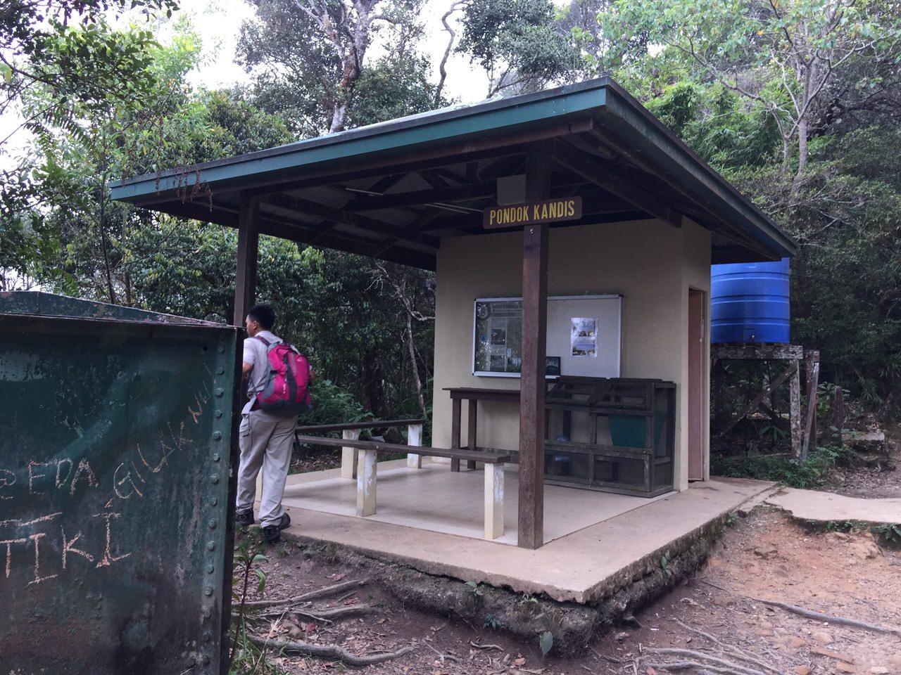 Kota Kinabalu climbing 3987