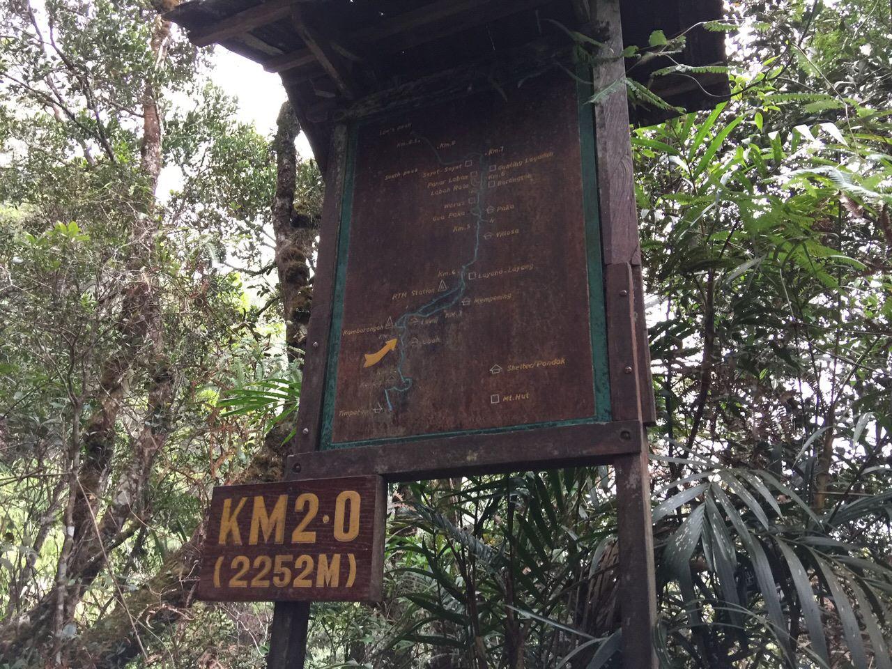Kota Kinabalu climbing 4004