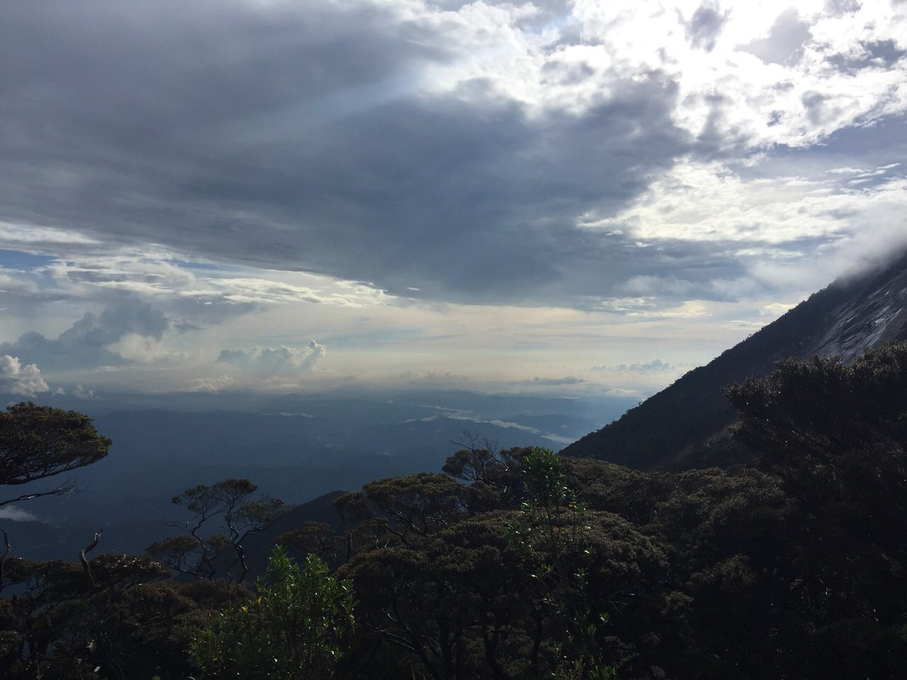 Kota Kinabalu climbing 4088