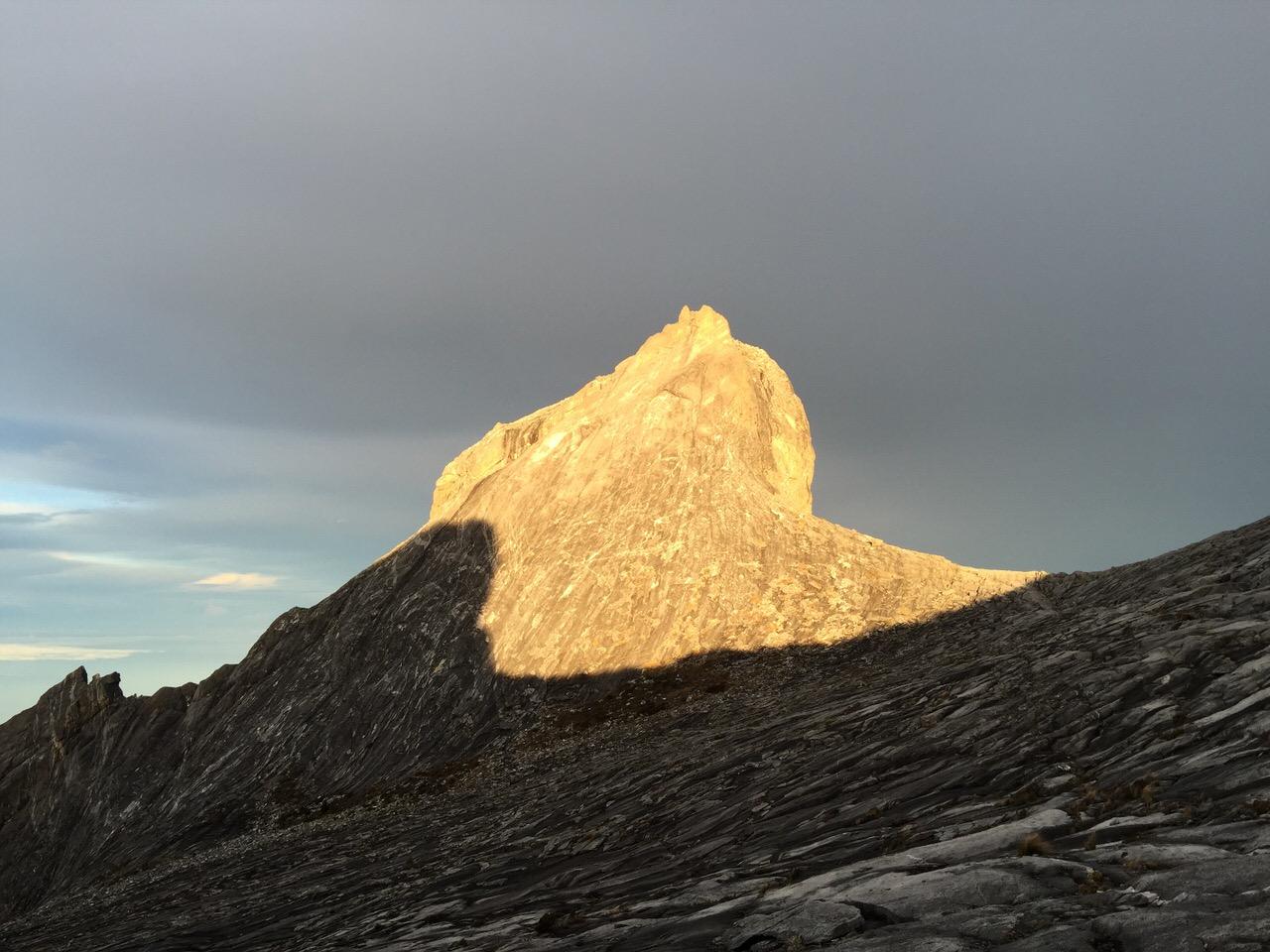 Kota Kinabalu climbing 4154