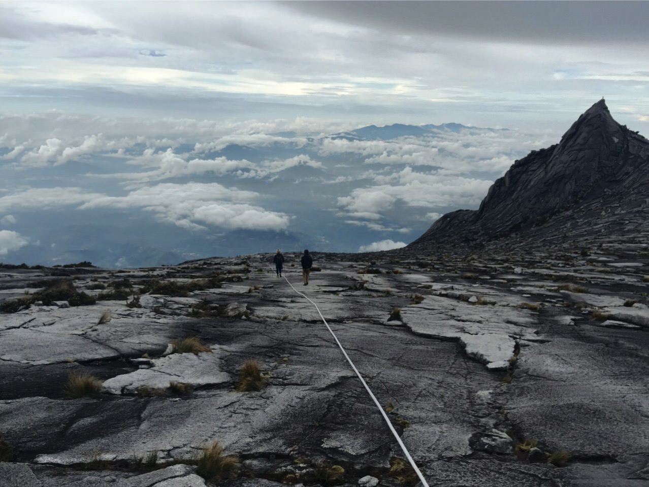 Kota Kinabalu climbing 4175