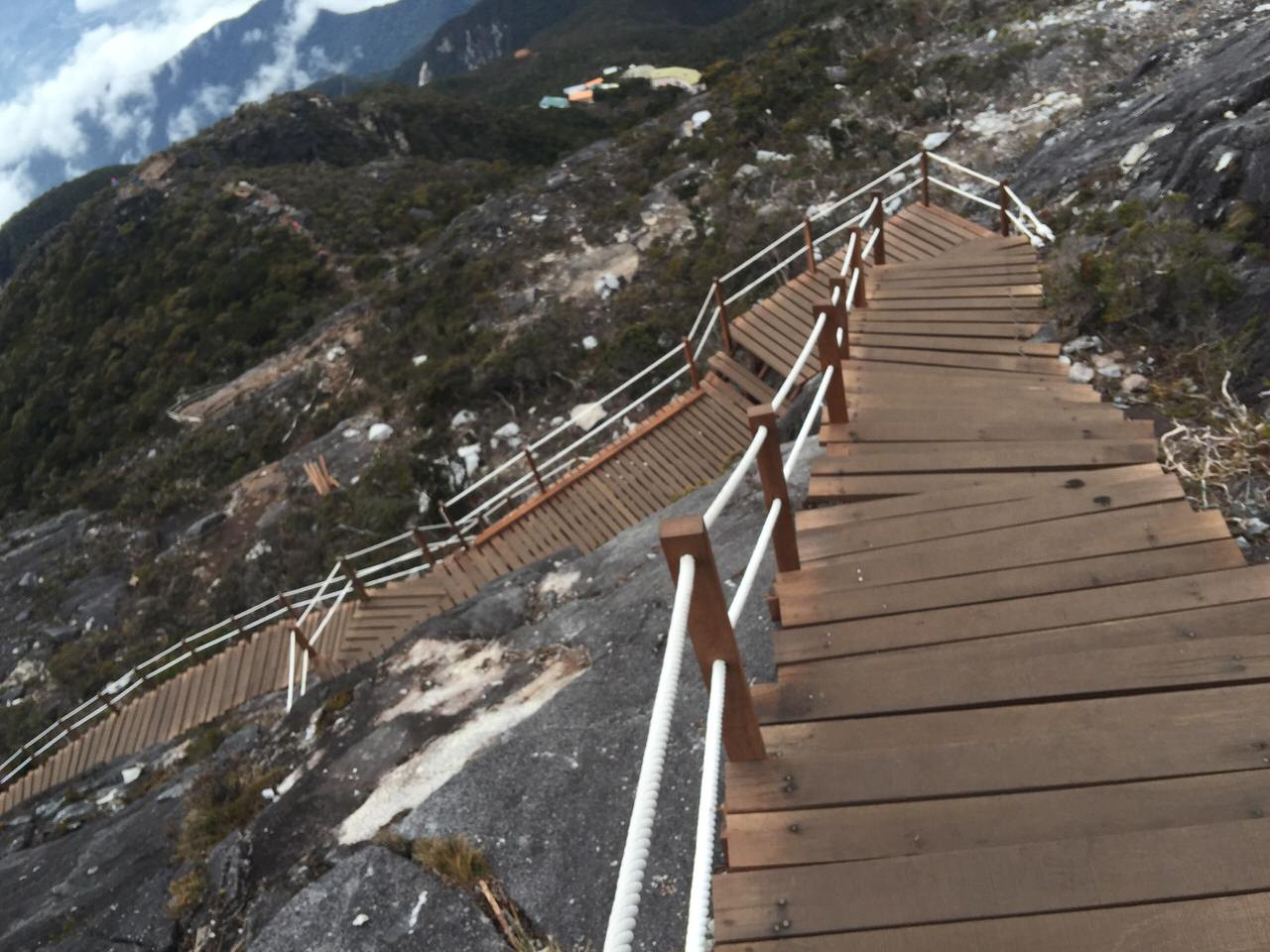 Kota Kinabalu climbing 4188
