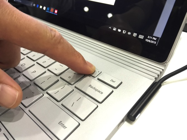 SURFACE BOOK 10 06 15 11 40