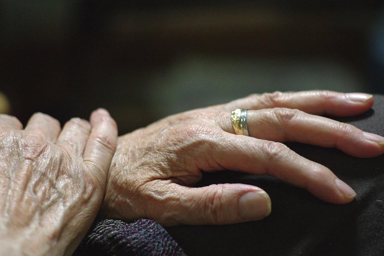 死にゆく人は幹細胞の老化した組織を補う再生能力がなくなっている