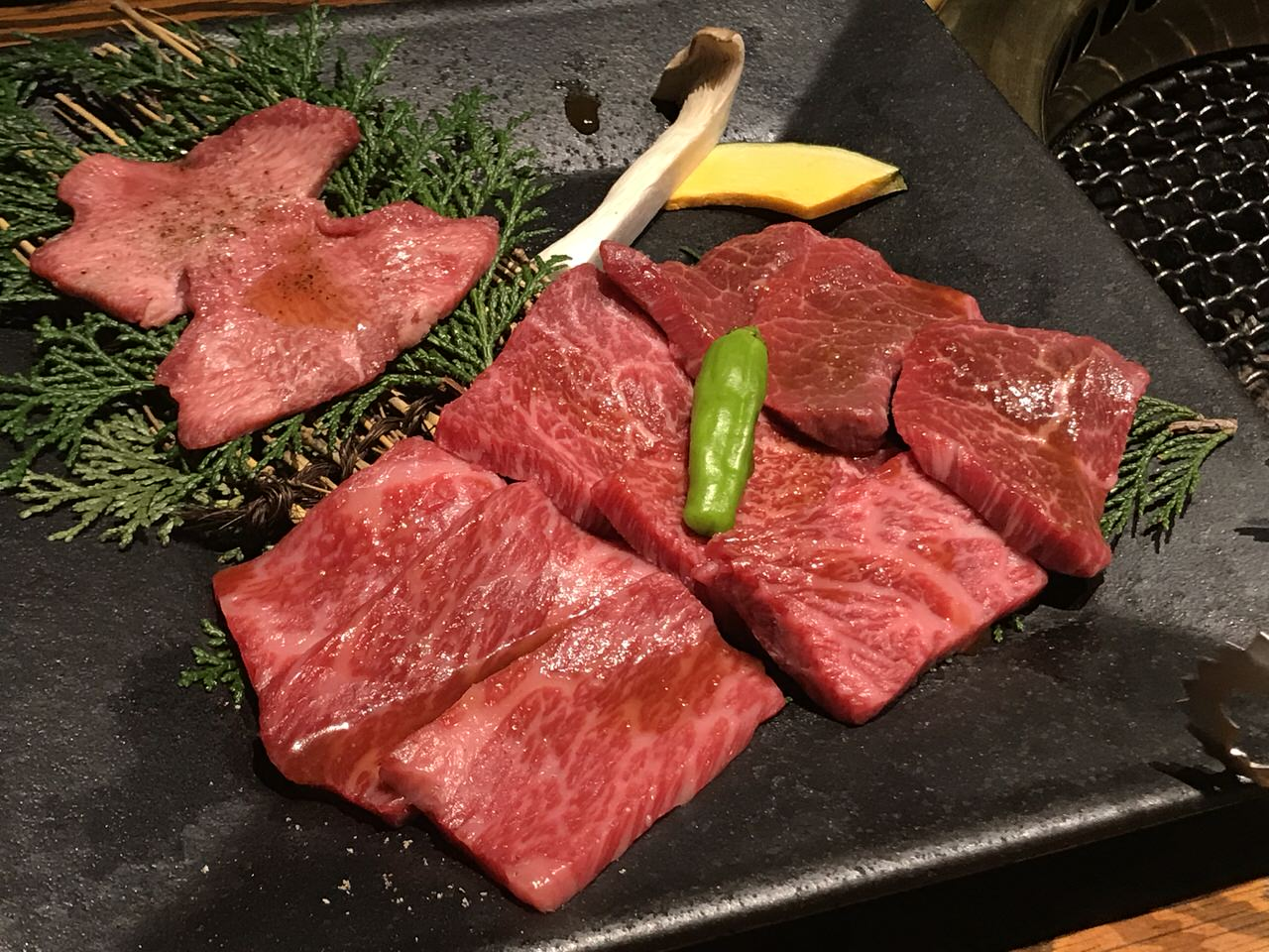 日本初の焼肉レストラン「大同門」焼肉定食発祥の店