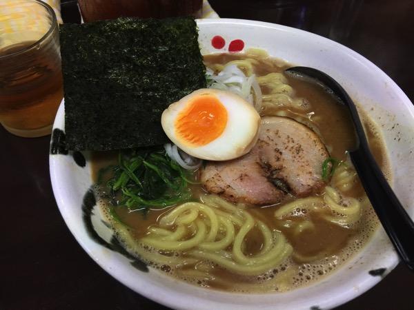 「麺屋 だいすけ(浦和)」濃厚でまろやかな魚介スープのラーメンが美味い駒場スタジアム脇のラーメン店