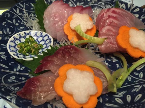 「江戸前ビストロ EDOGIN(新橋)」青唐辛子で食べる刺身と知多ハイボールのマリアージュが素晴らしかった