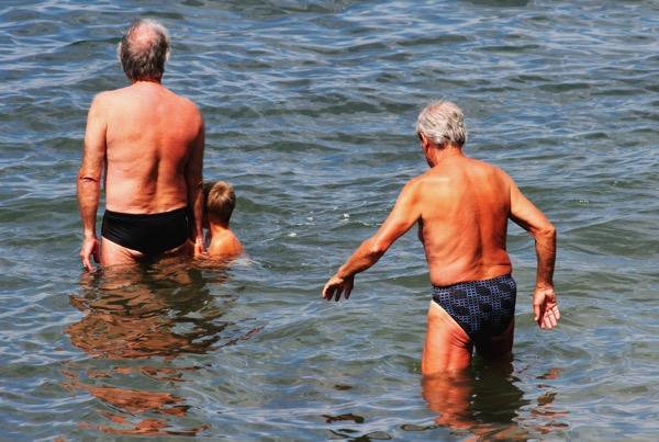 筋肉量少ない高齢男性は死亡率が2倍!?