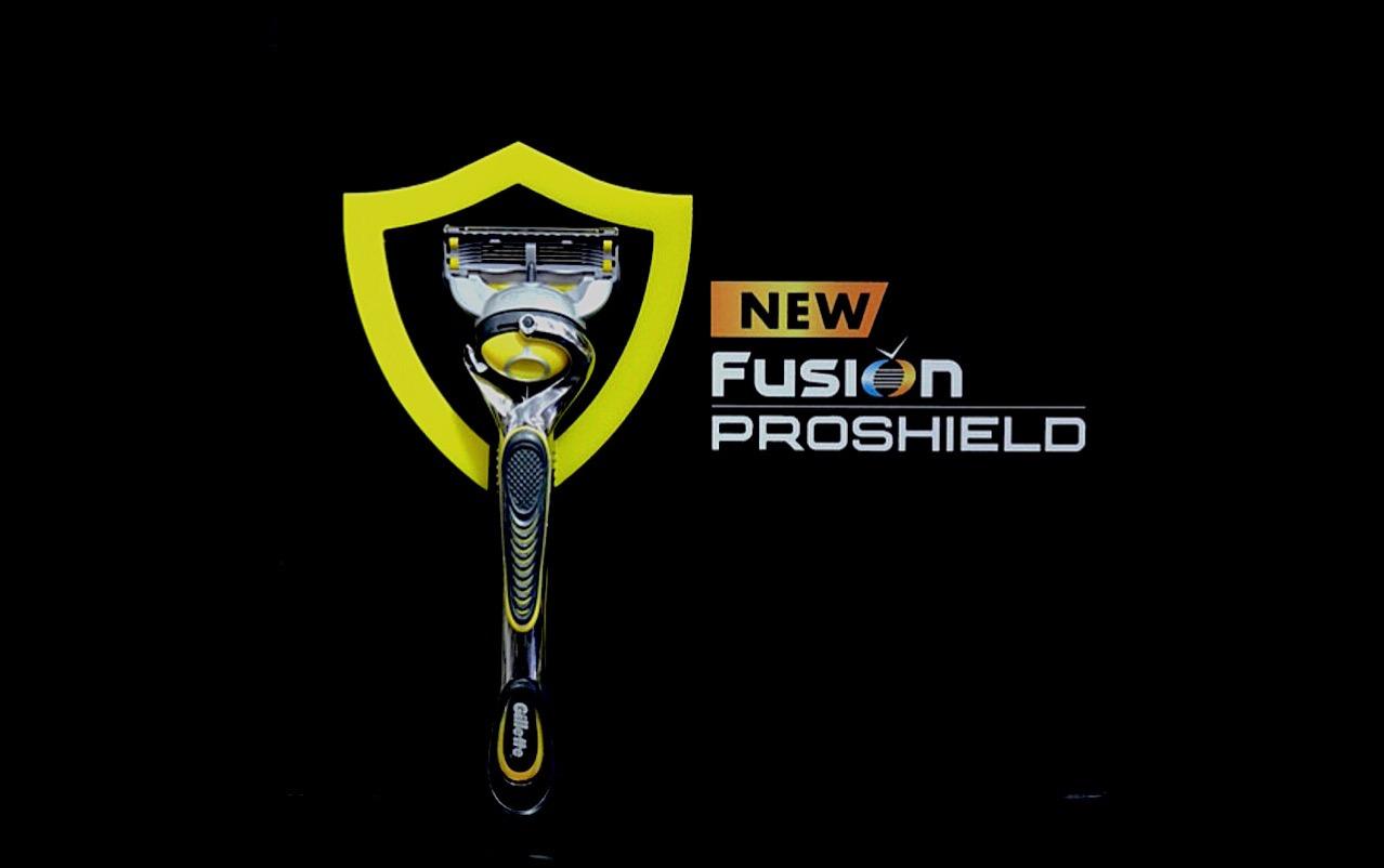 カミソリで髭剃り後のヒリヒリはイヤ!新開発の刃の前後ジェルスムーサーで肌を守る「ジレット プロシールド」が登場【AD】