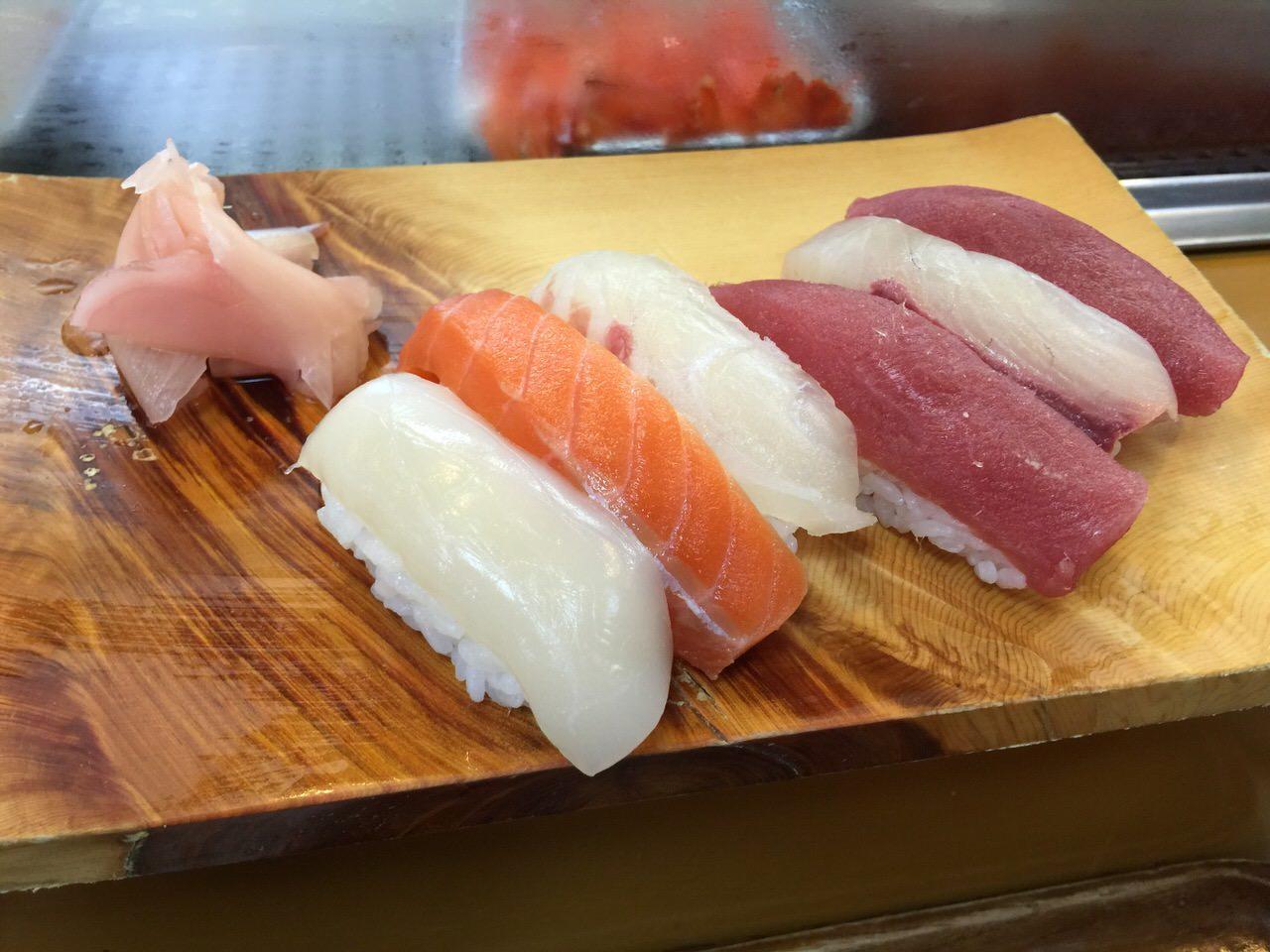 Kininaruki tsukiji 7248