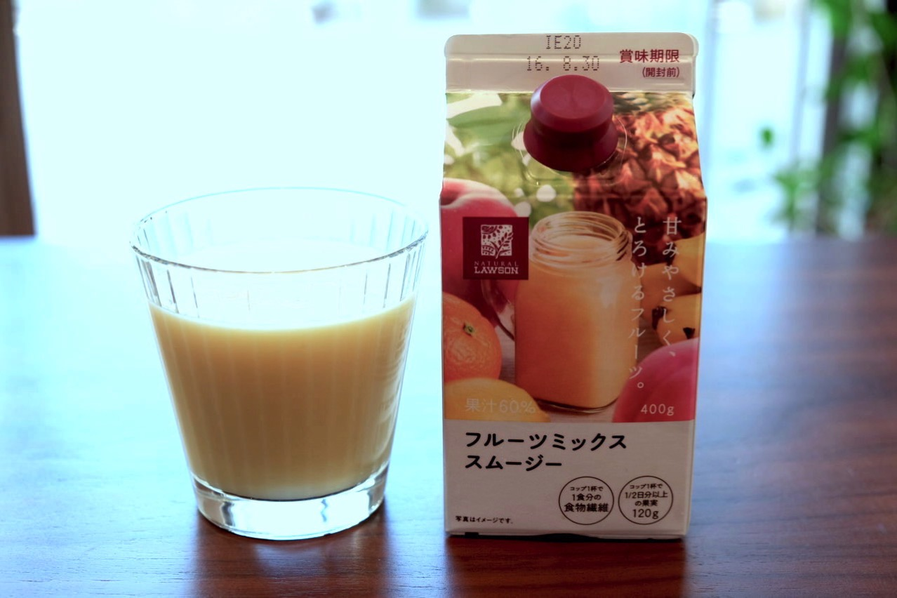 Lawson fruits mix smoothie 72552