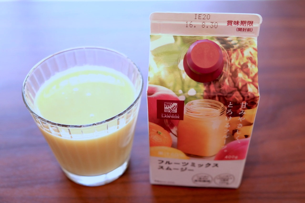 Lawson fruits mix smoothie 72562
