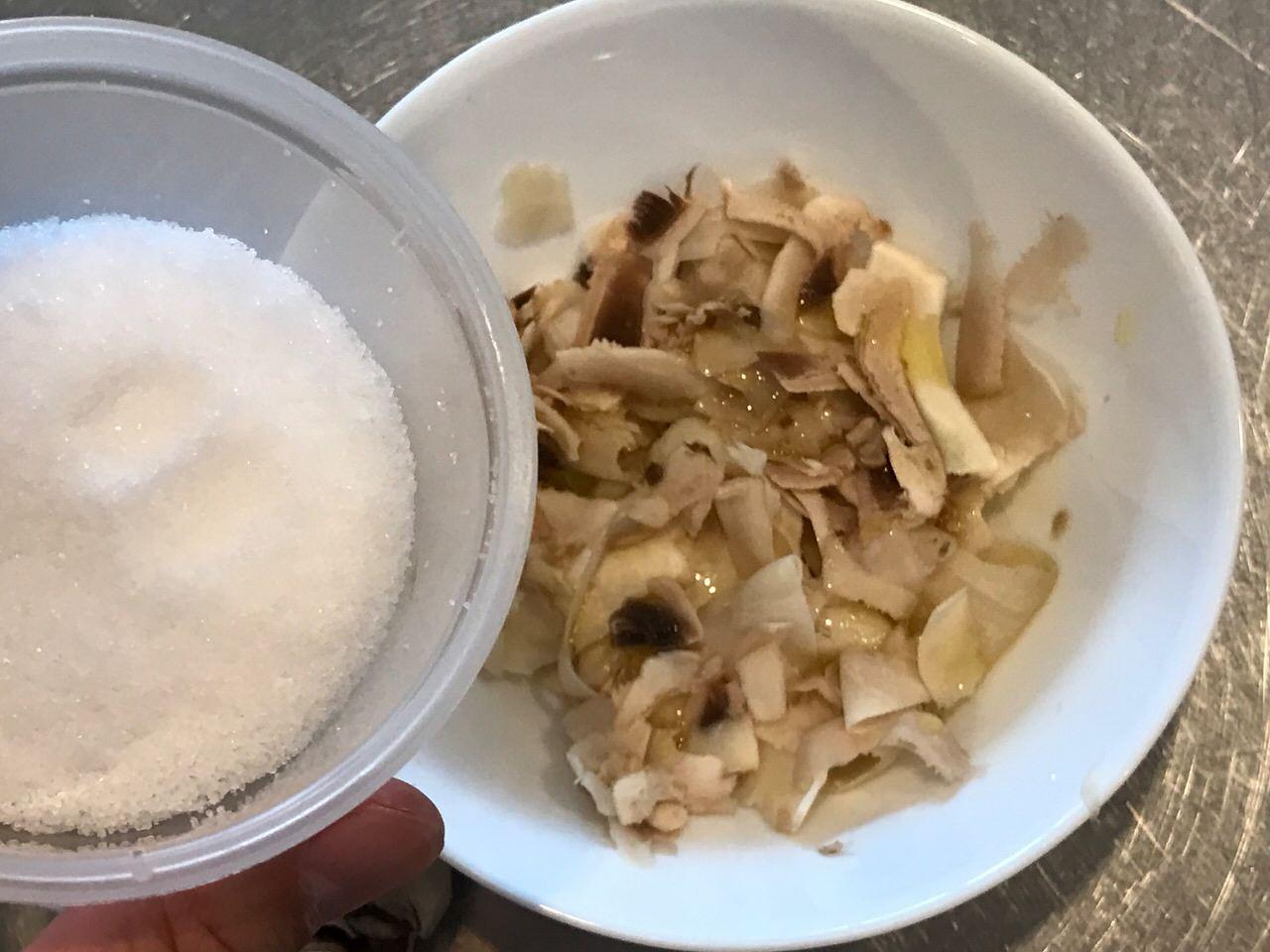 Mashroom oliveoil salt 1575