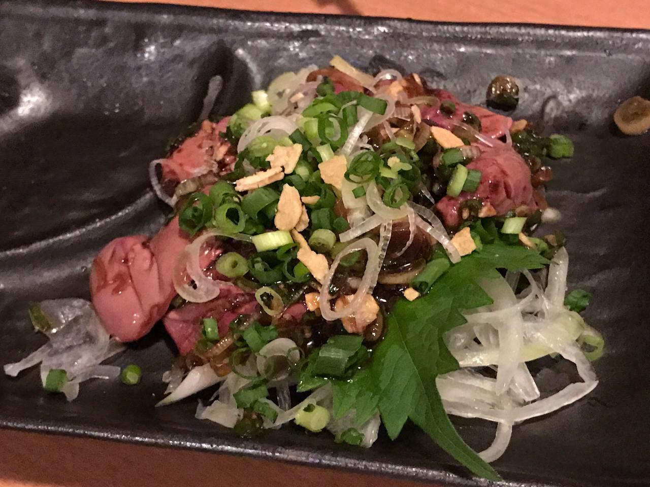 【閉店】「ももんじ屋(神田)」イノシシ・うさぎのジビエや野菜も美味い朝挽きホルモンの店