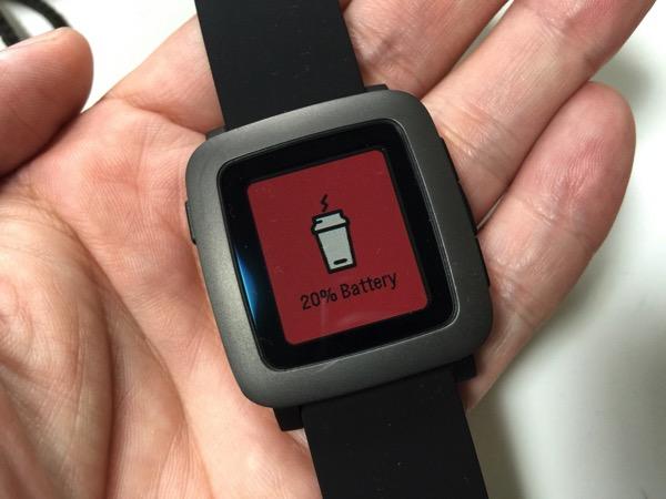 【Pebble Time】バッテリーの残りが20%になった時に表示されるカワイイ画面