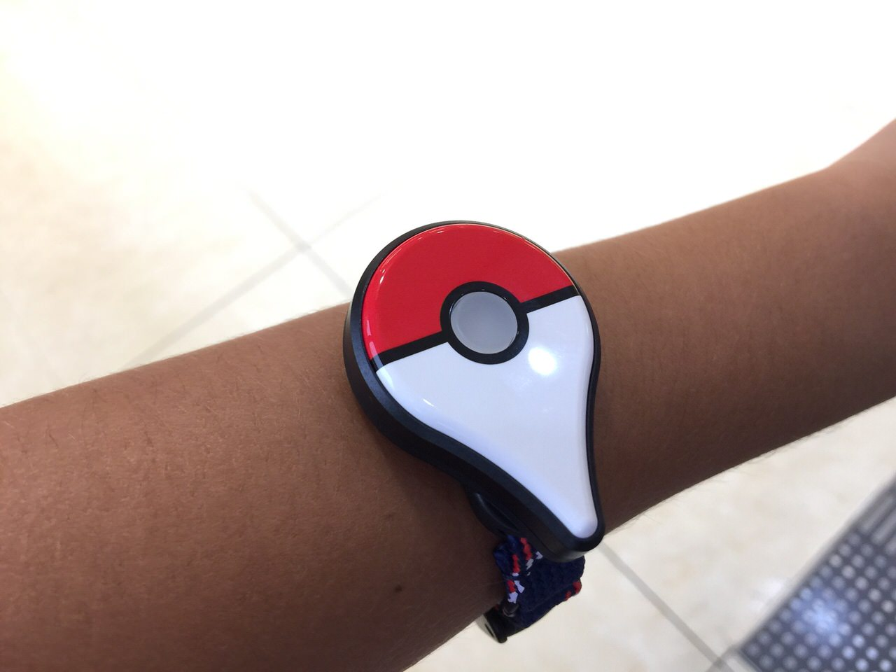 Pokemon go plus review 8602