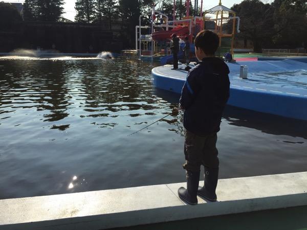 Toshimaen fishing 7334