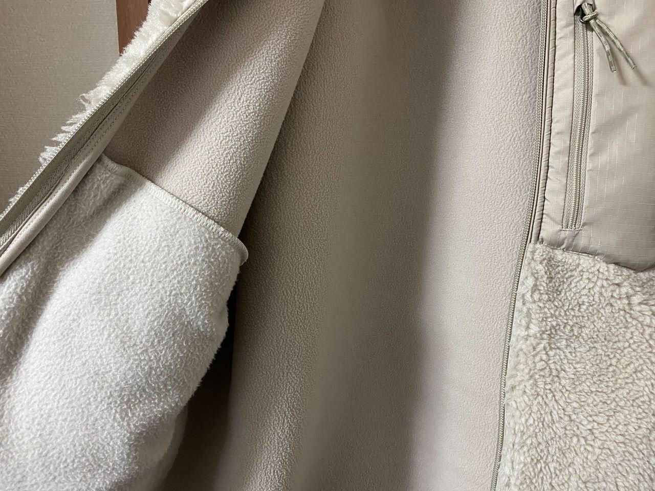 ユニクロ「防風ボアフリースジャケット」2