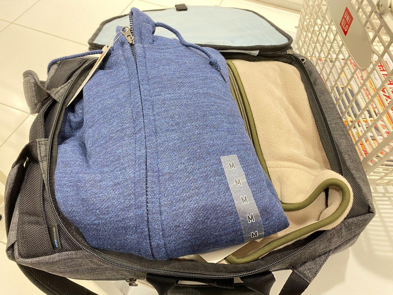 「かわるビジネスリュックmini」買い物バッグとしての普段遣いもけっこう良い 2