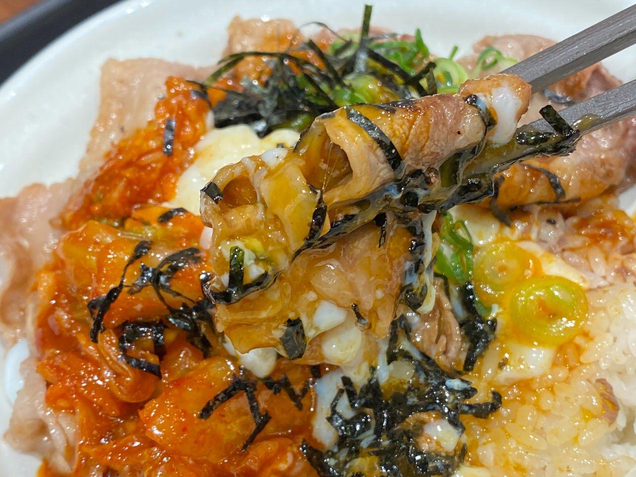 【松屋】定番メニューとなった「旨辛牛焼ビビン丼」を食べてみた 11
