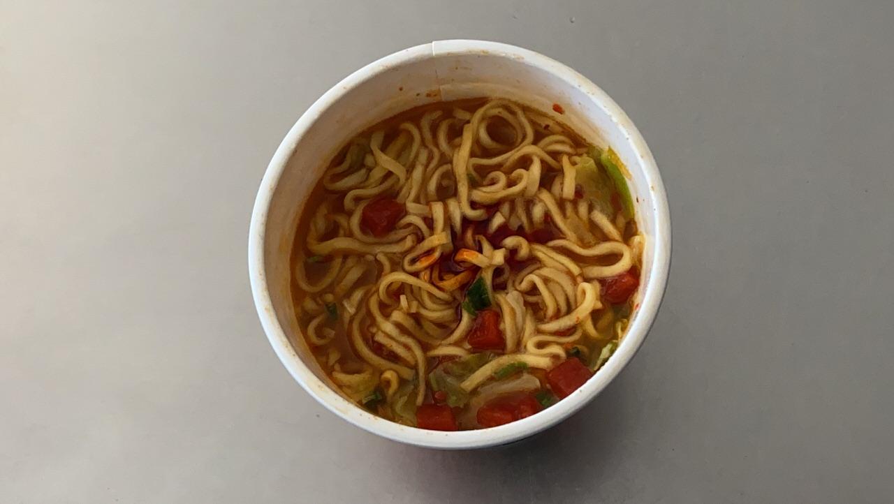 【中本】「蒙古トマタン」蒙古タンメンの辛旨味噌にトマトの酸味のスープが旨い 08