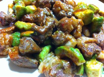 キムチの素とアボカド&牛肉で藤波直伝!?「ドラゴンステーキ」