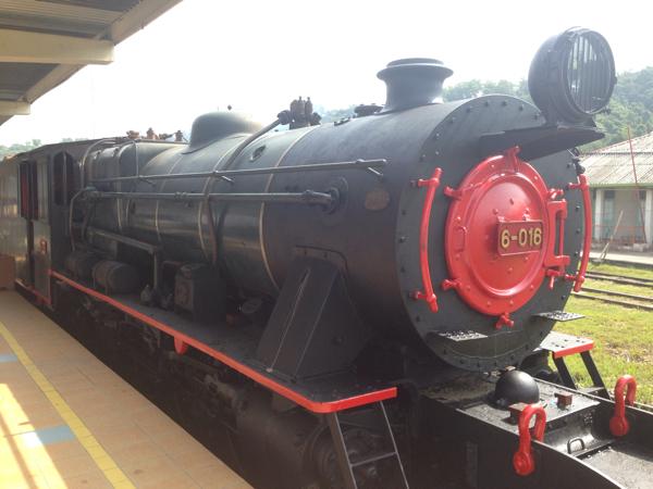 「北ボルネオ鉄道」蒸気機関車で行く身も心もプチリッチなボルネオの旅(コタキナバル)