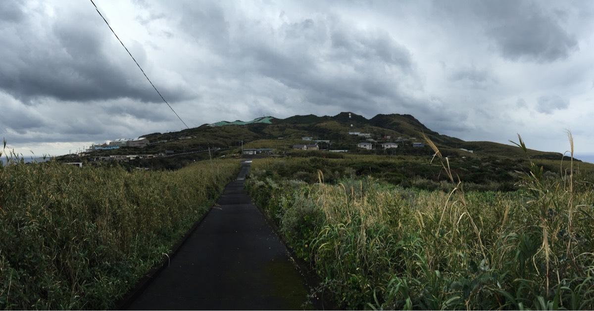 青ヶ島の集落にある名所・史跡「金比羅神社」「神子の浦展望広場」「還往の碑」「佐々木卯之助の碑」「名主屋敷跡」と無番地について #青ヶ島旅行