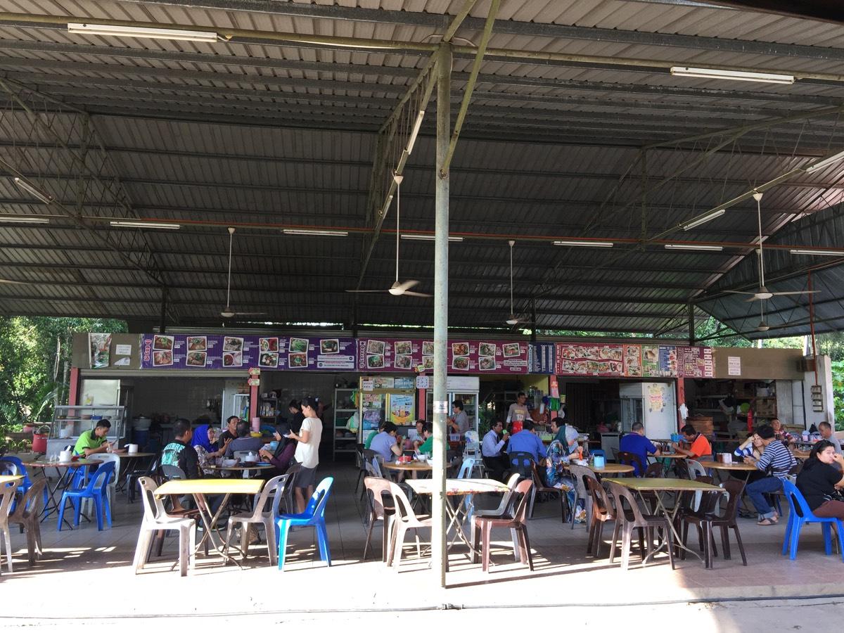地元ガイドによるオススメの店で美味い「ラクサ」を食べた #コタキナバル #lovesabah