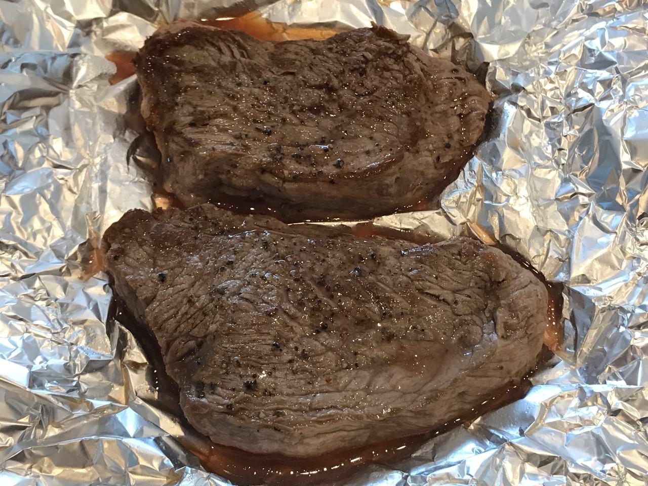ローストビーフの牛肉が完成