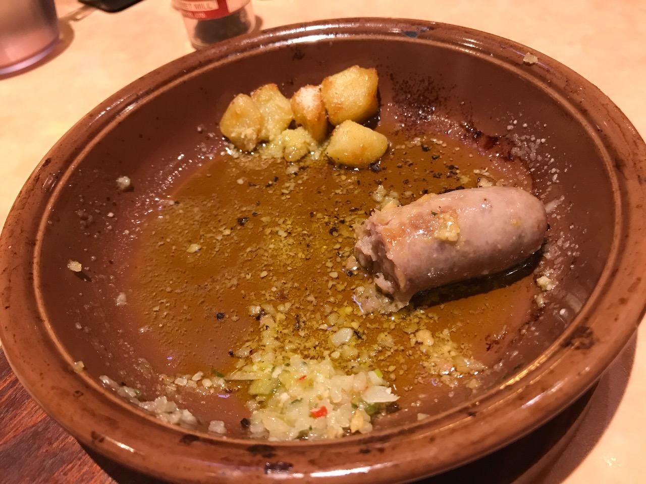 【サイゼリヤ】「野菜ソースのグリルソーセージ」より美味しく食べる方法