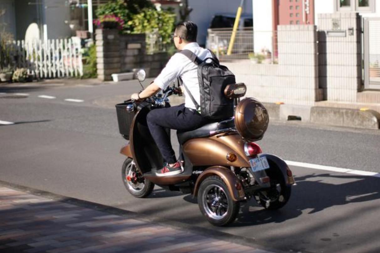 普通免許で乗れる三輪電動バイク「JACKBIKE Q-1」