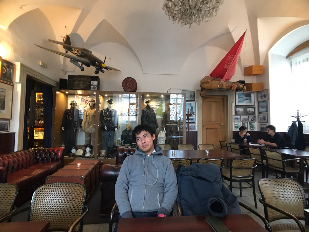 【チェコ旅】飛行機をモチーフにしたカフェ「Air Cafe」 #チェコへ行こう #cz100y #Brno #ブルノ