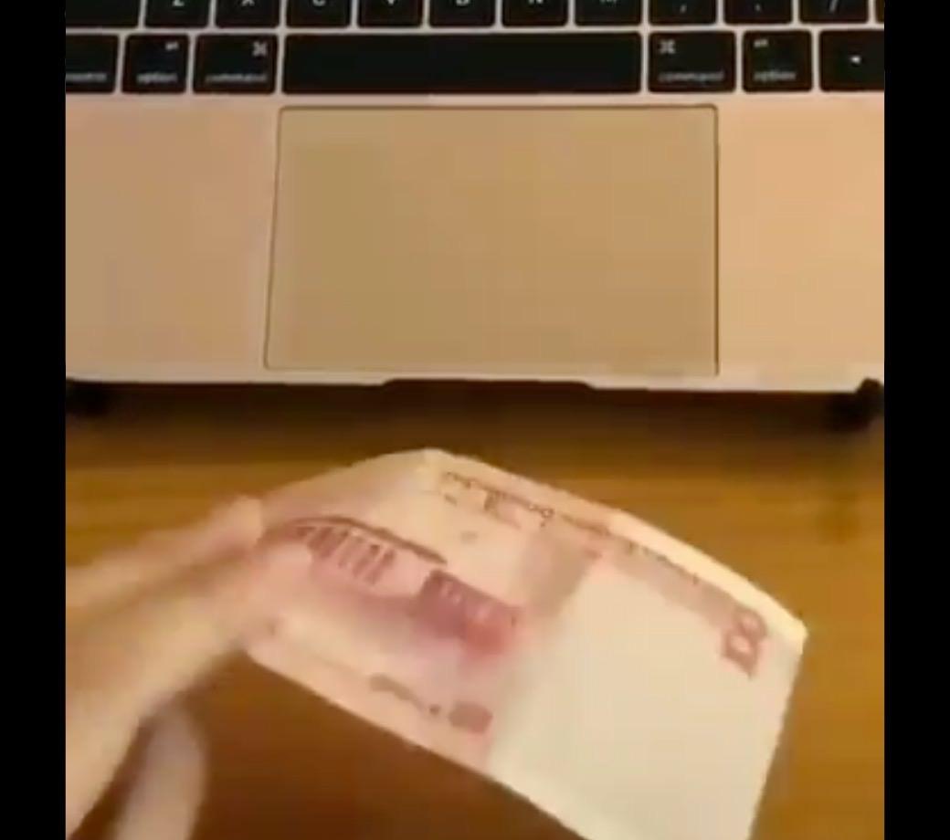 【動画】思わずニンマリ(ノФωФ)ノ可愛すぎるApple Payの初期プロトタイプ