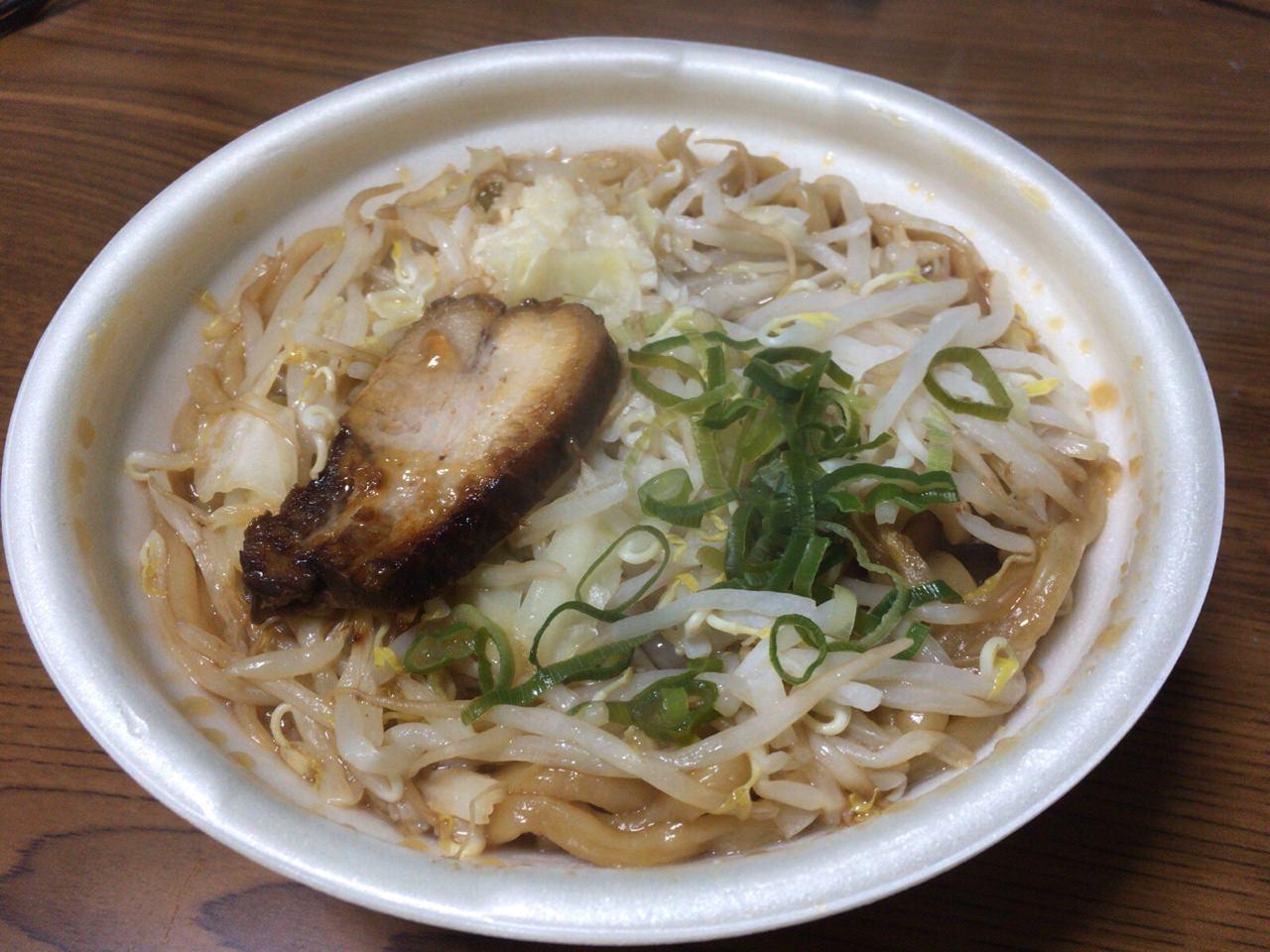 セブンイレブン 中華蕎麦 とみ田 4