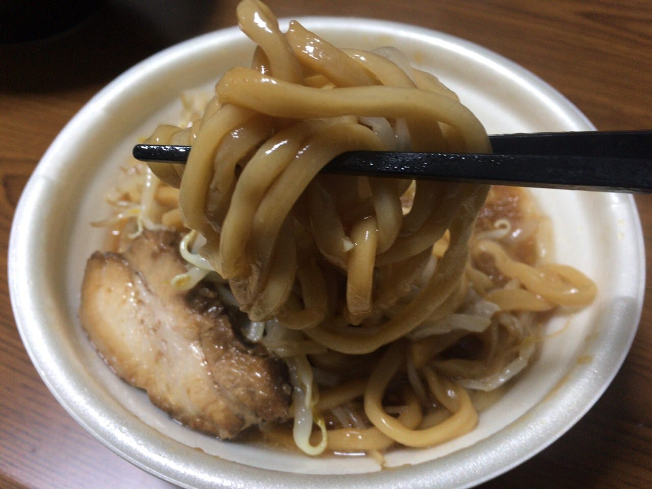 セブンイレブン 中華蕎麦 とみ田 6