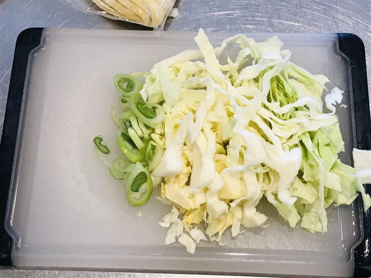 イカの塩辛とキャベツのパスタ 作り方