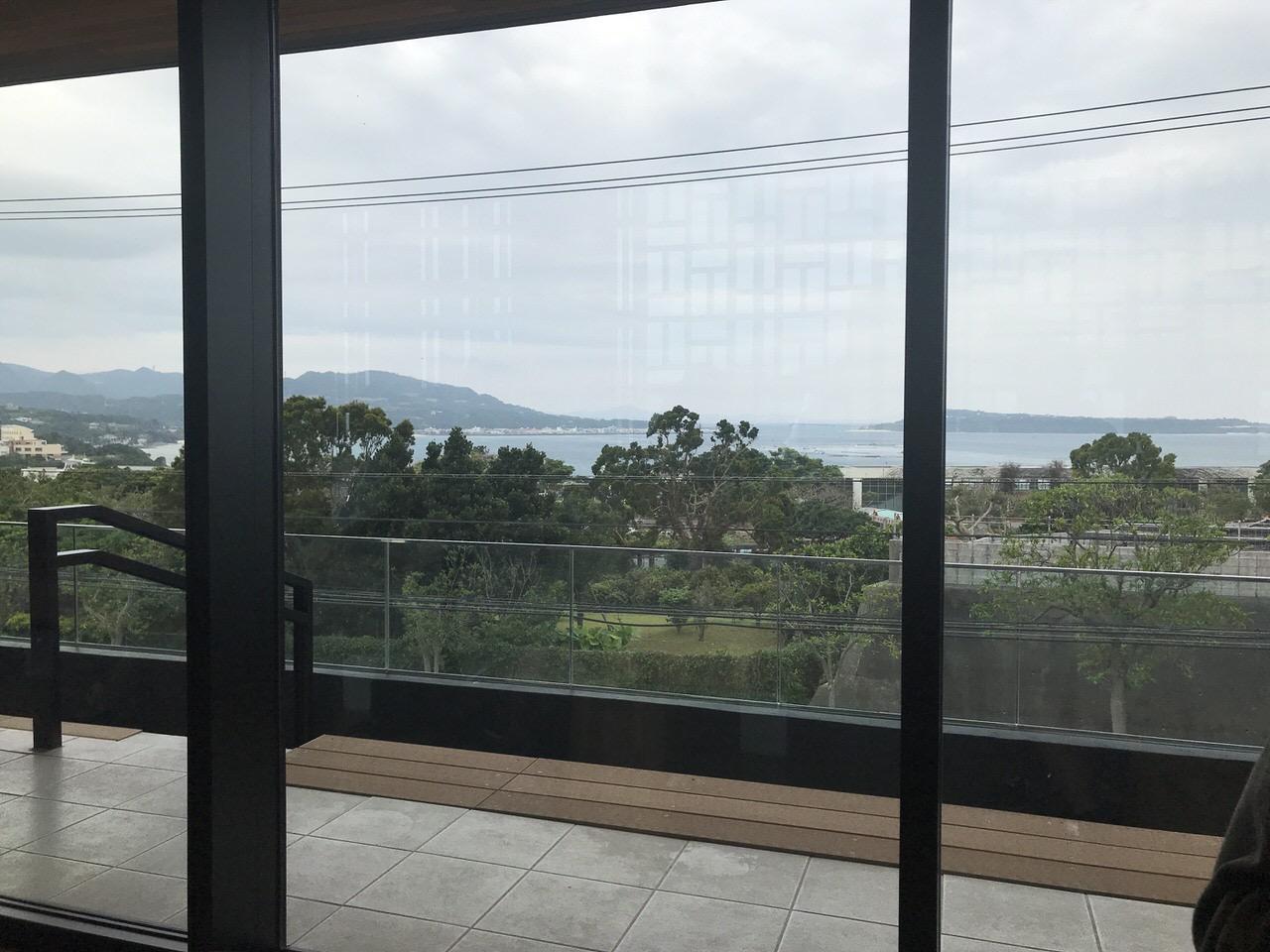 スターバックス 沖縄本部町店 2階