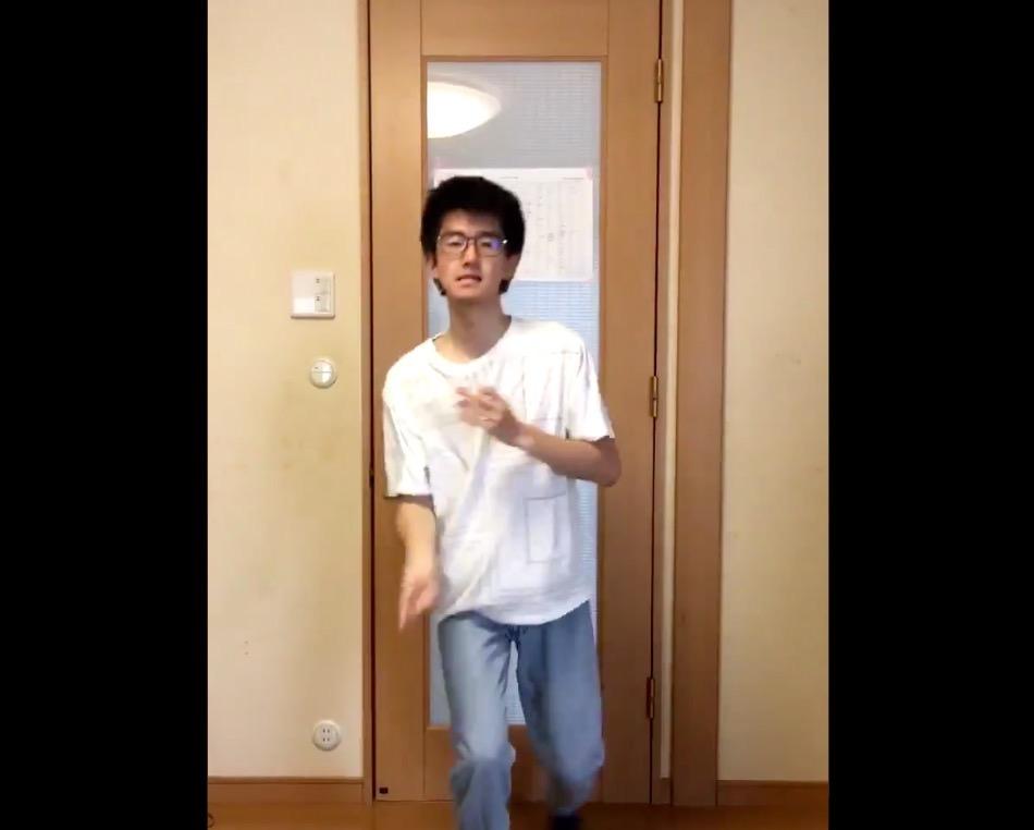 指パッチンギネス記録を持つ指男がサカナクション「忘れられないの」をパチパチ演奏しまくる動画
