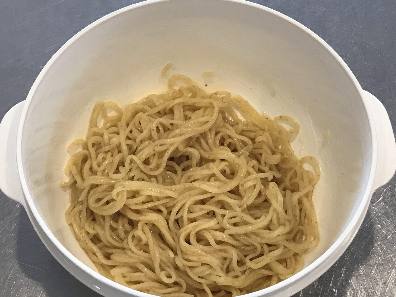 手軽で旨いレンチンする袋麺の油そば化計画 11