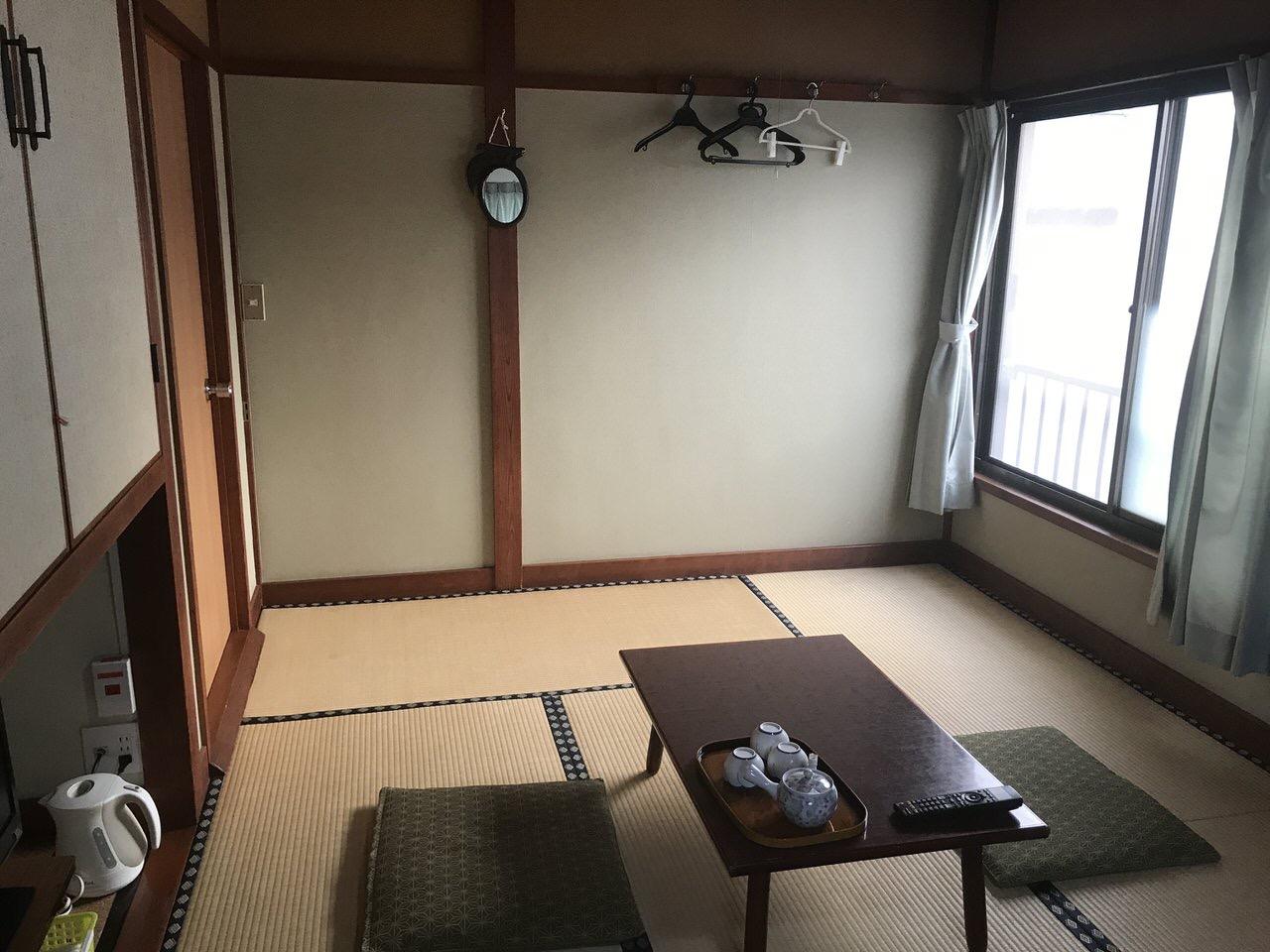 「民宿かやま&北浜」5