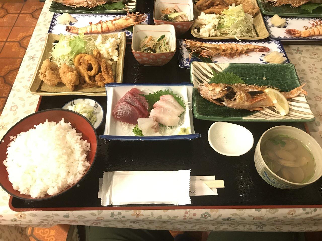 「民宿かやま&北浜」夕食 1
